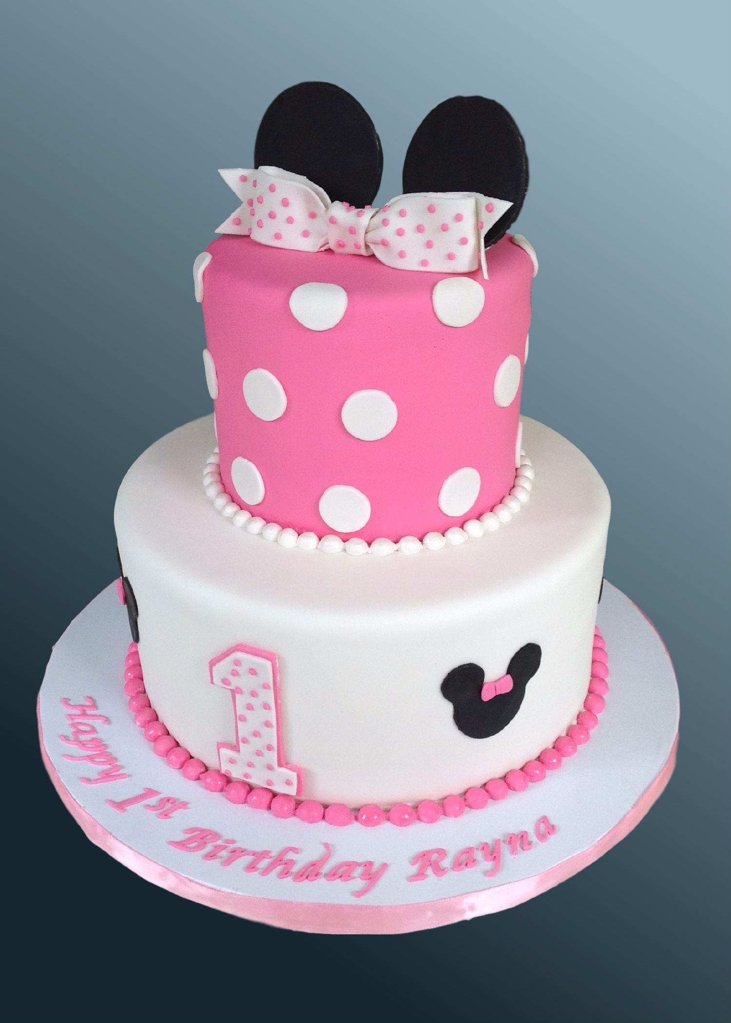 Cake Images Minnie Mouse : Minnie Mouse Cake Cake Celebrations